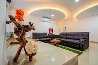 OYO Home 14865 Modern 2BHK