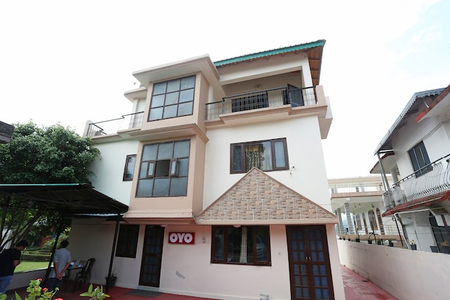 OYO 14877 Alinda Guest House