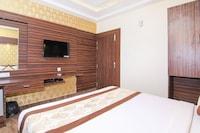 OYO 14886 Hotel Royal Paradise Deluxe