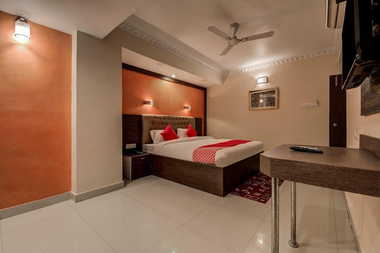 OYO 14897 Hotel Astro Inn -1
