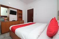 OYO 14898 Hotel Dwarika