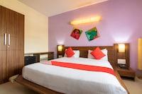 Capital O 14972 Hotel Ekaa Deluxe