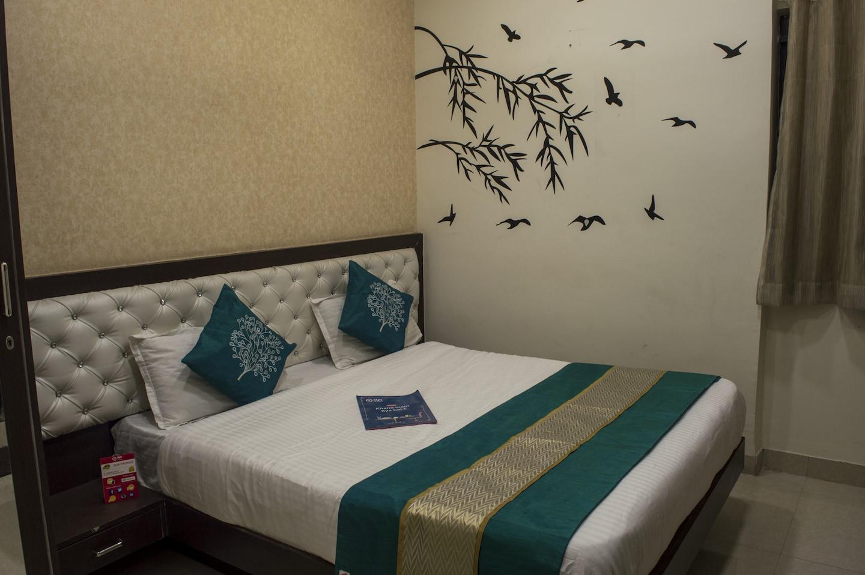 OYO 2681 Hotel Madhuram palace -1