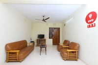 OYO Home 15073 Spacious 2BHK