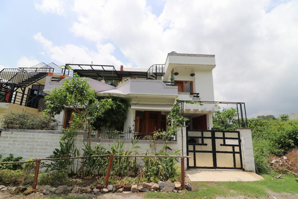 OYO Home 15086 Exotic 2BHK
