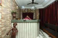 Capital O 15091 Gaurav Boarding House Deluxe