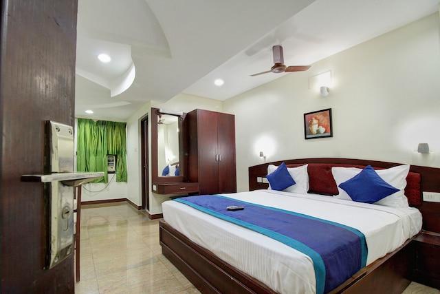 OYO 15120 Hotel Balini