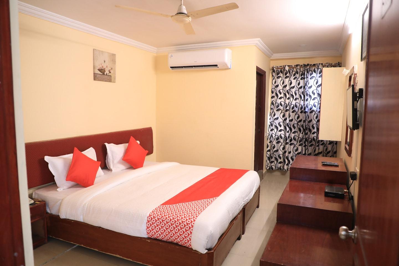 OYO 15140 Hotel Priya Residency -1