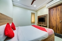 CAPITAL O 15141 Townvilla Guest House