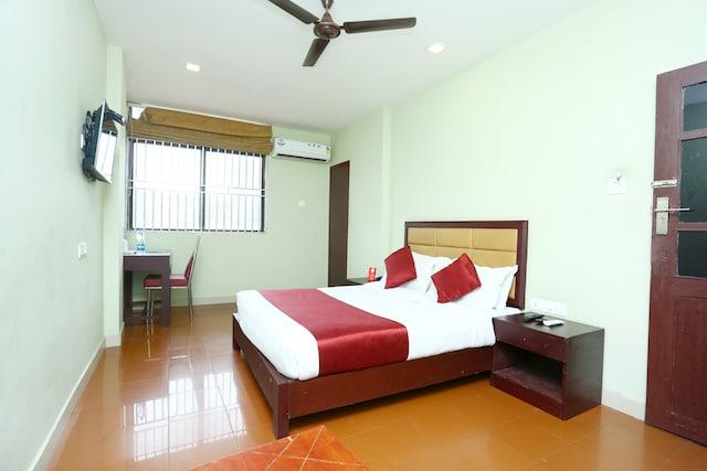 OYO 15190 Select Residency
