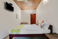 OYO Home 15200 Cozy Stay Hill Top