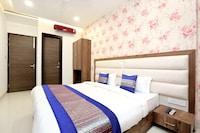 OYO 15208 Hotel Unique