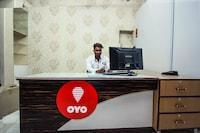 OYO 15218 Hotel Rasha Niwas