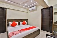 OYO 15229 Radhe Residency