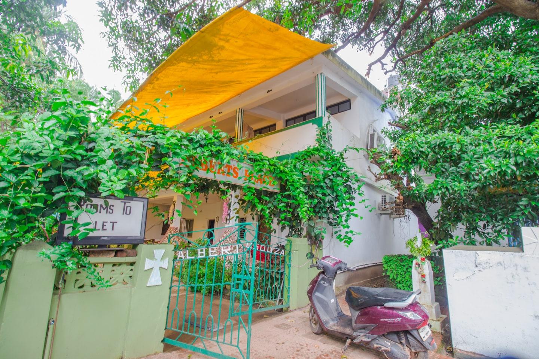 OYO 15369 Home Cozy Studio Curlies Anjuna Beach -1