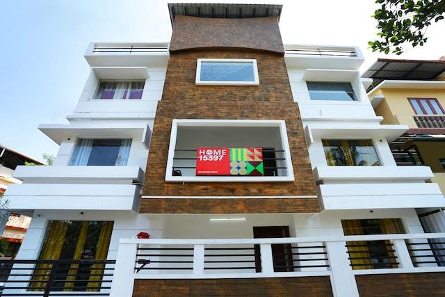 OYO Home 15397 Spacious Stay Near Lulu Mall 🛍️