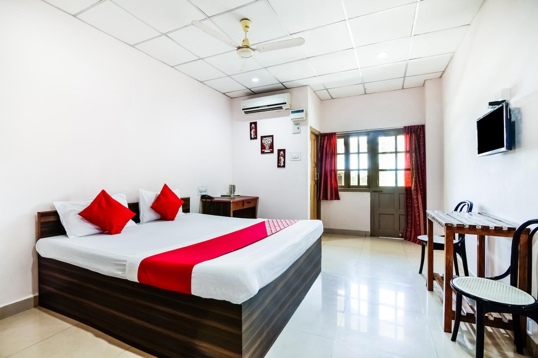 OYO 15419 Rajat Residency -1