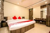 OYO 15424 Hotel Galaxy Palace