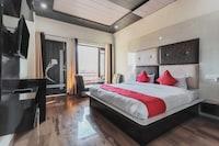 OYO 15428 Hotel Grand Hills