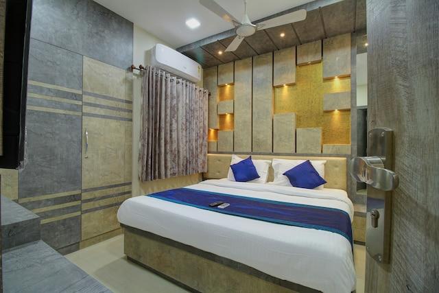 OYO 15442 Mahalakshmi Suites Deluxe