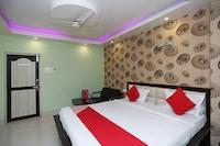OYO 15443 Hotel Mega Palace