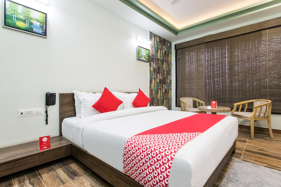 Capital O 15445 Hotel Sheekhar Inn