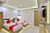 OYO 15453 Hotel Pearl