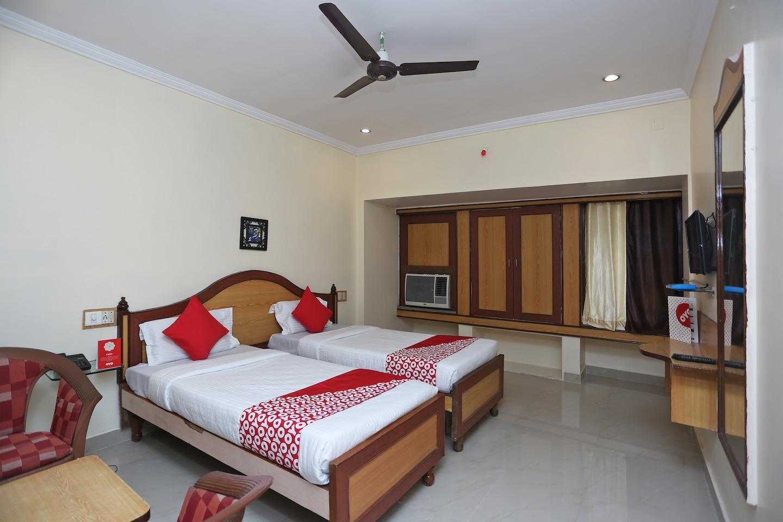 OYO 15468 Hotel Sharda -1