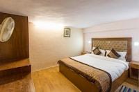 OYO 15515 Hotel Landmark Inn