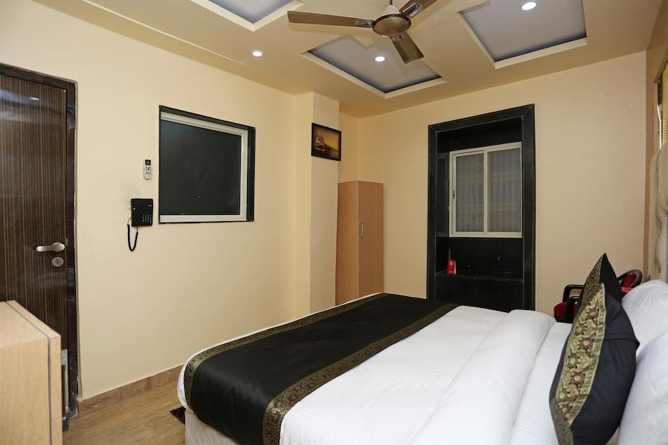 OYO 15530 Hotel G S Residency