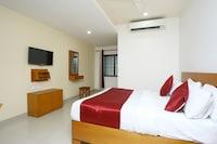 OYO 15560 Assent Inn
