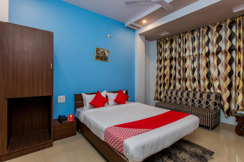 OYO 15569 Hotel Manorama Palace -1