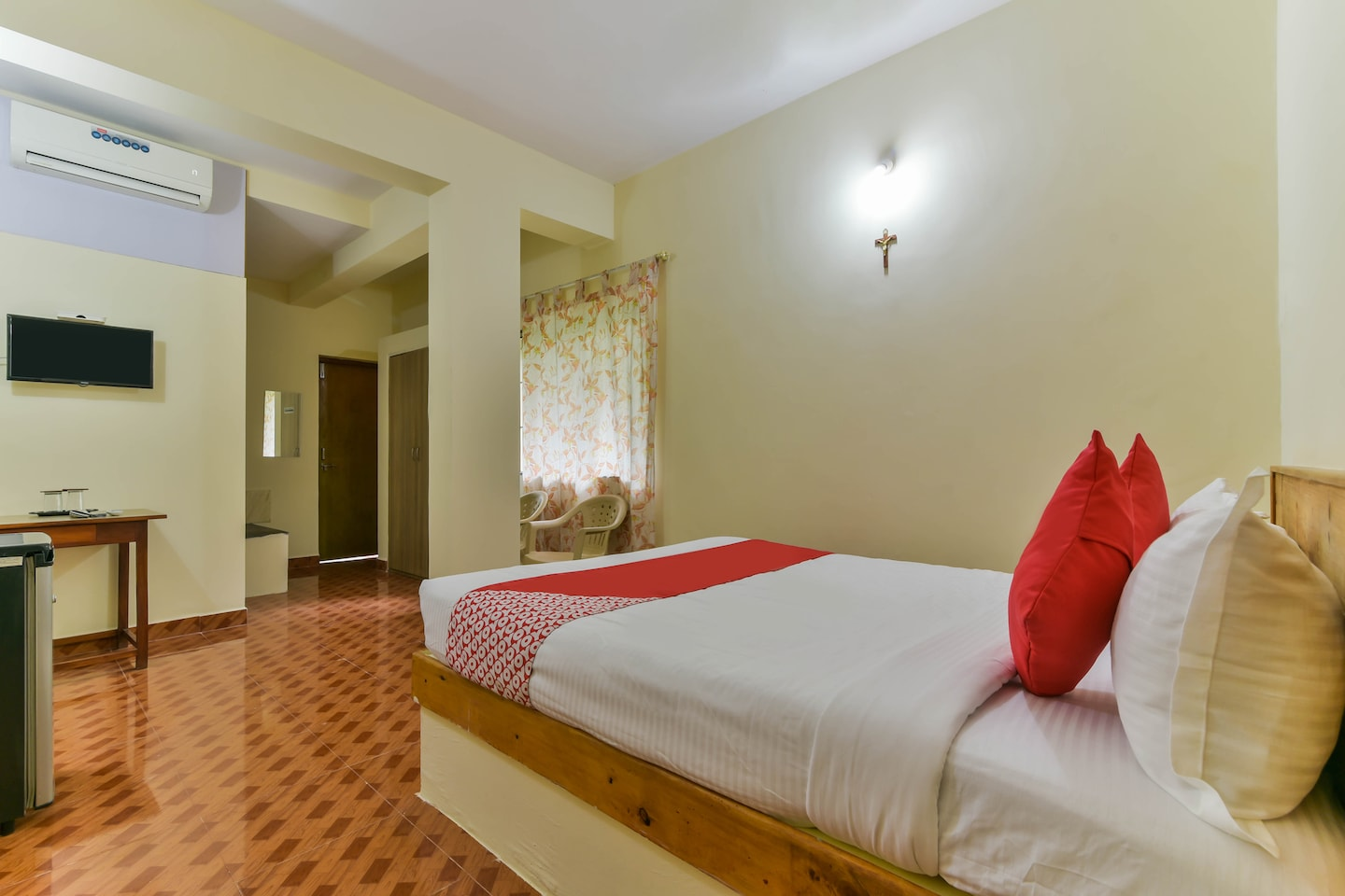 OYO 15570 Daffodils Guest House Calangute -1