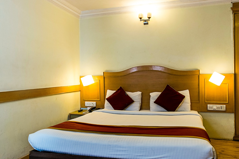 OYO 520 Hotel Nandhini Palace -1