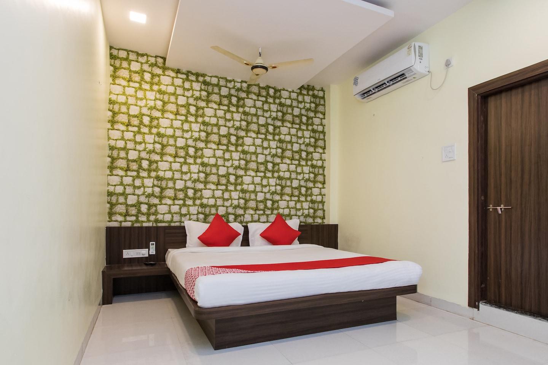OYO 15618 Hotel Stay Inn -1