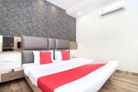 OYO 15653 Hotel Sukh Regency