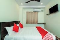 OYO 15662 Bheemaas Inn