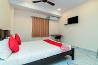 OYO 15662 Bheemaas Inn Deluxe