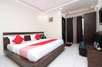 OYO 15671 Hotel Jalsa Dlx