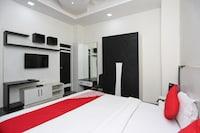 OYO 15673 Hotel Lotus Inn