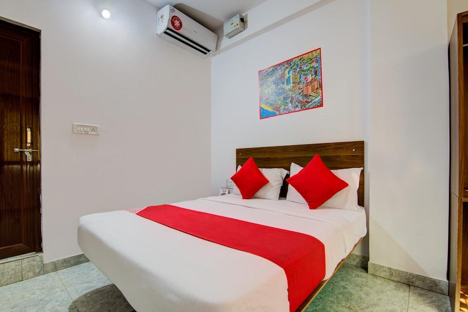 OYO 15695 Varcity Comforts, BTM Madiwala Bangalore, Bangalore