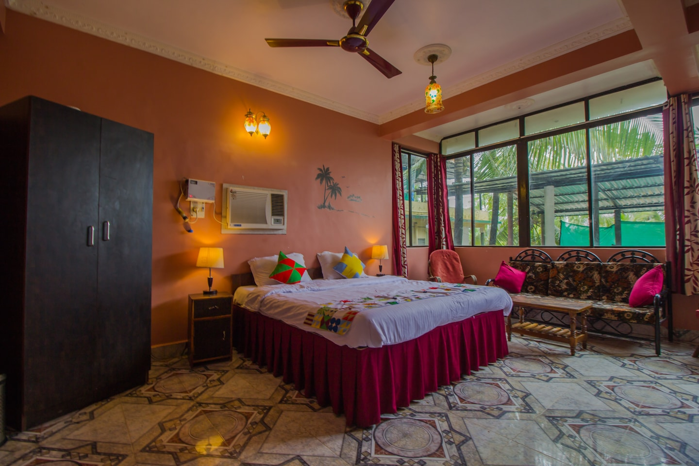 OYO 15697 Home Colorful Studio Candolim Beach -1