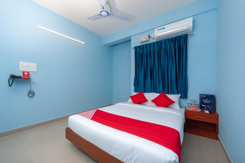 OYO 15702 Thulsi Residency -1