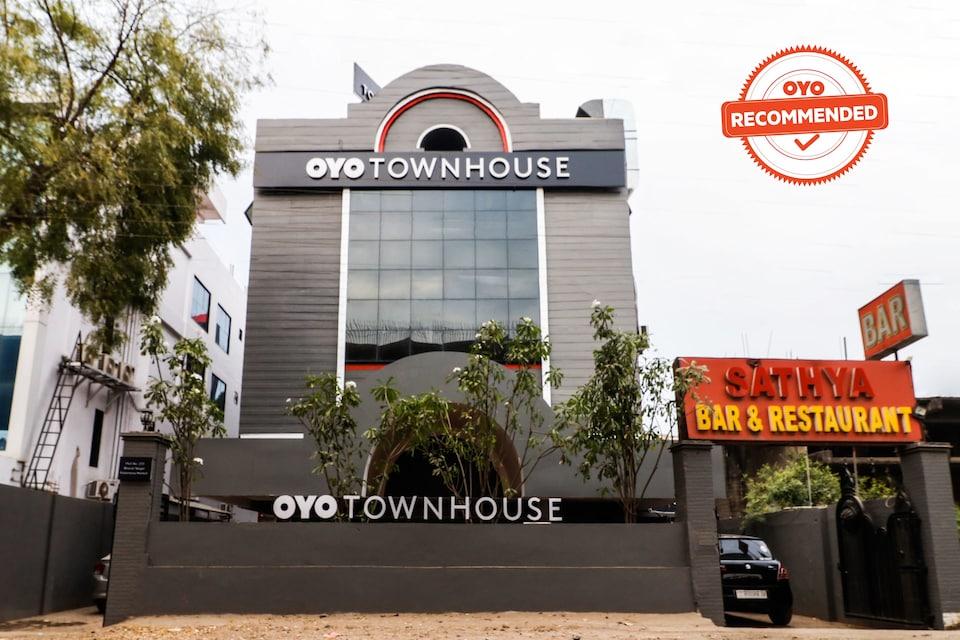 OYO Townhouse 155 Satya Kalmana Market