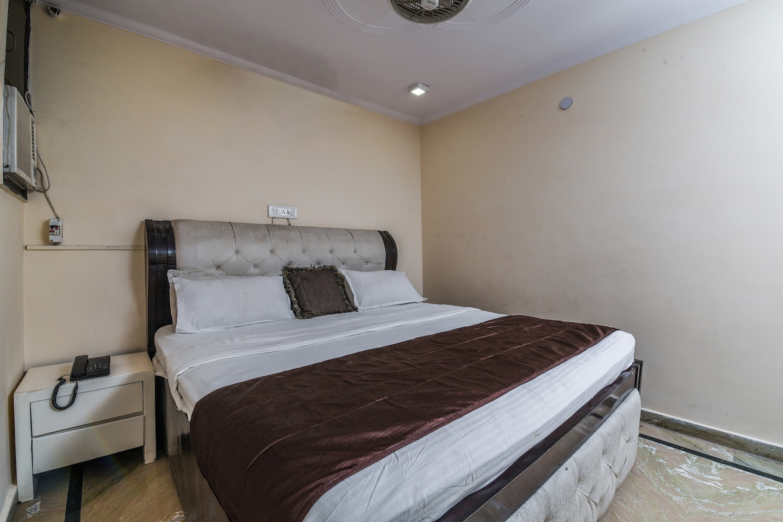 OYO 15763 Hotel Grand inn -1