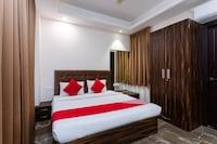OYO 15800 Jaanise's Residency