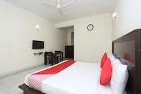 OYO 15822 Ryan Residency Suite