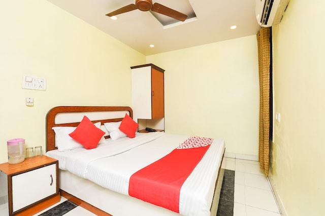 OYO 15835 Hotel City Palace