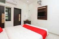 OYO 15843 SJ Residency