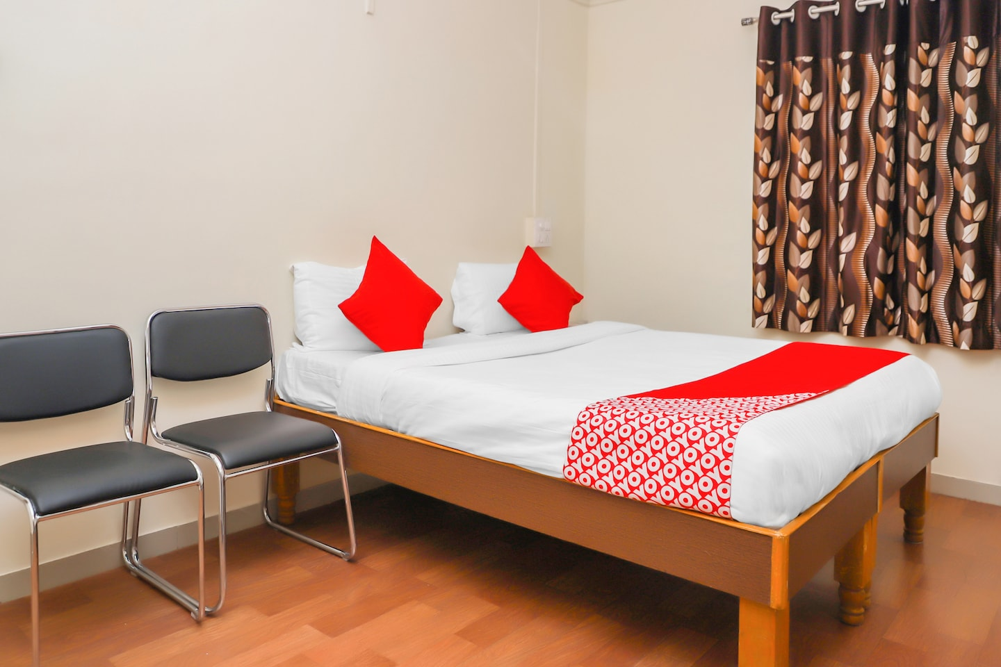 OYO 15847 Hotel Mathura Lodging -1